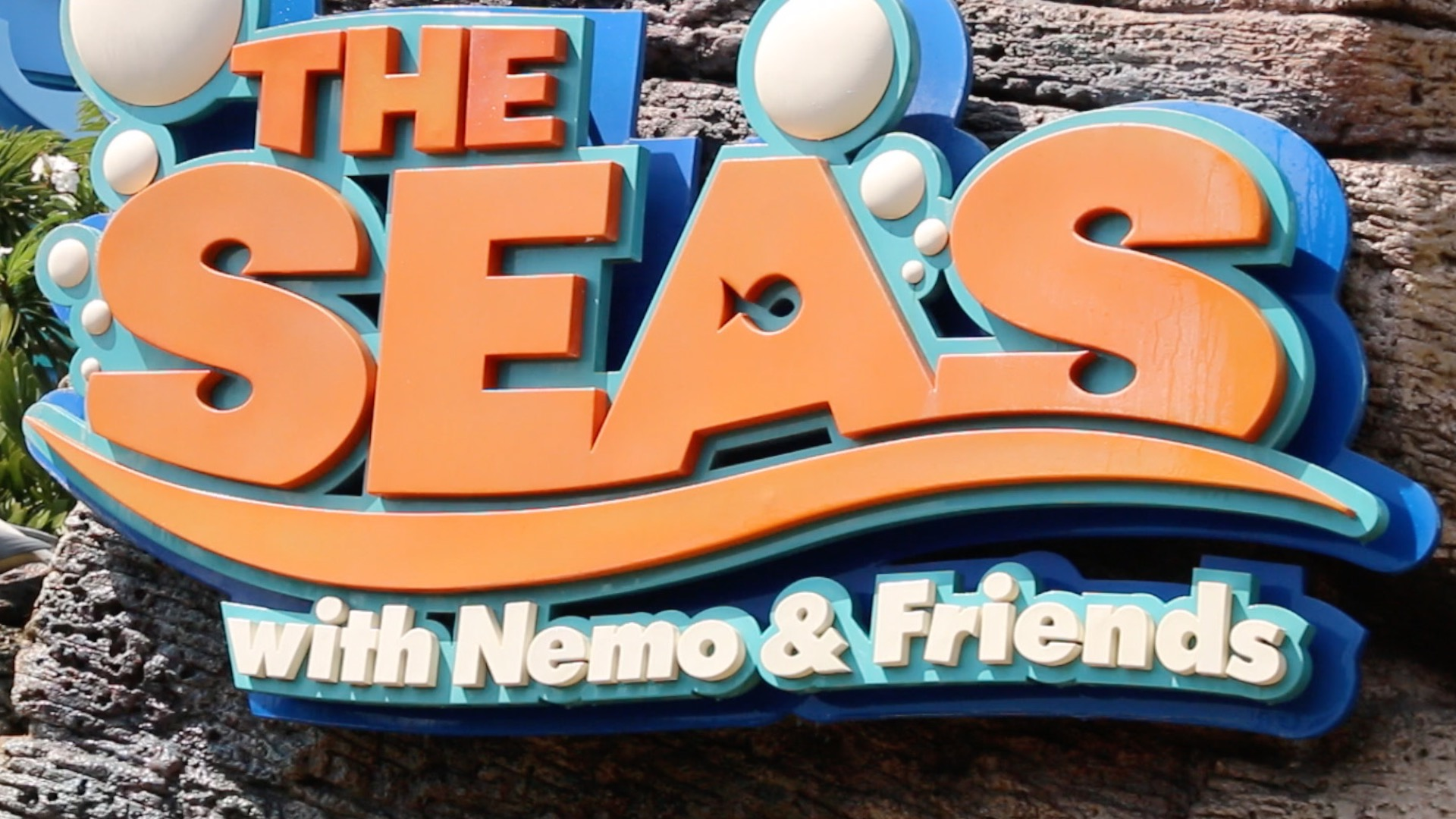 the-seas-with-nemo-friends-thumb-02