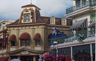 A loja Crystal Arts na Main Street do parque Magic Kingdom